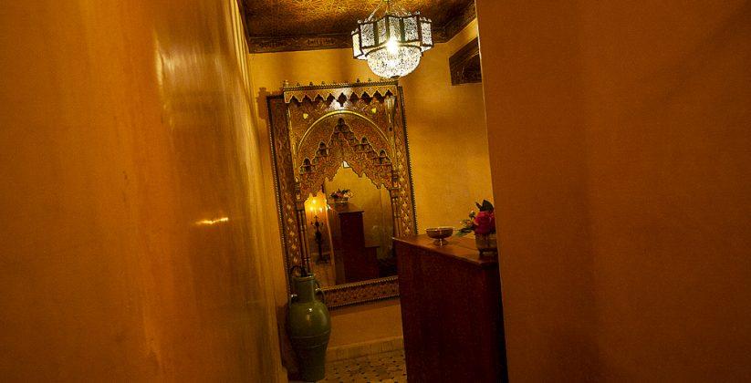 book your room at riad layalina fes